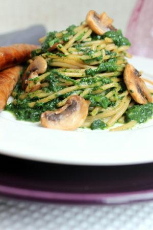 spaghetti met spinazie. recept voor 1 persoon